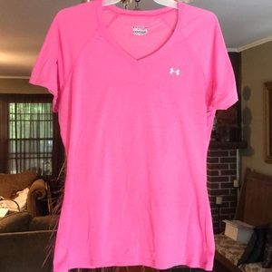 Under Armour Pink Loose Heat Gear